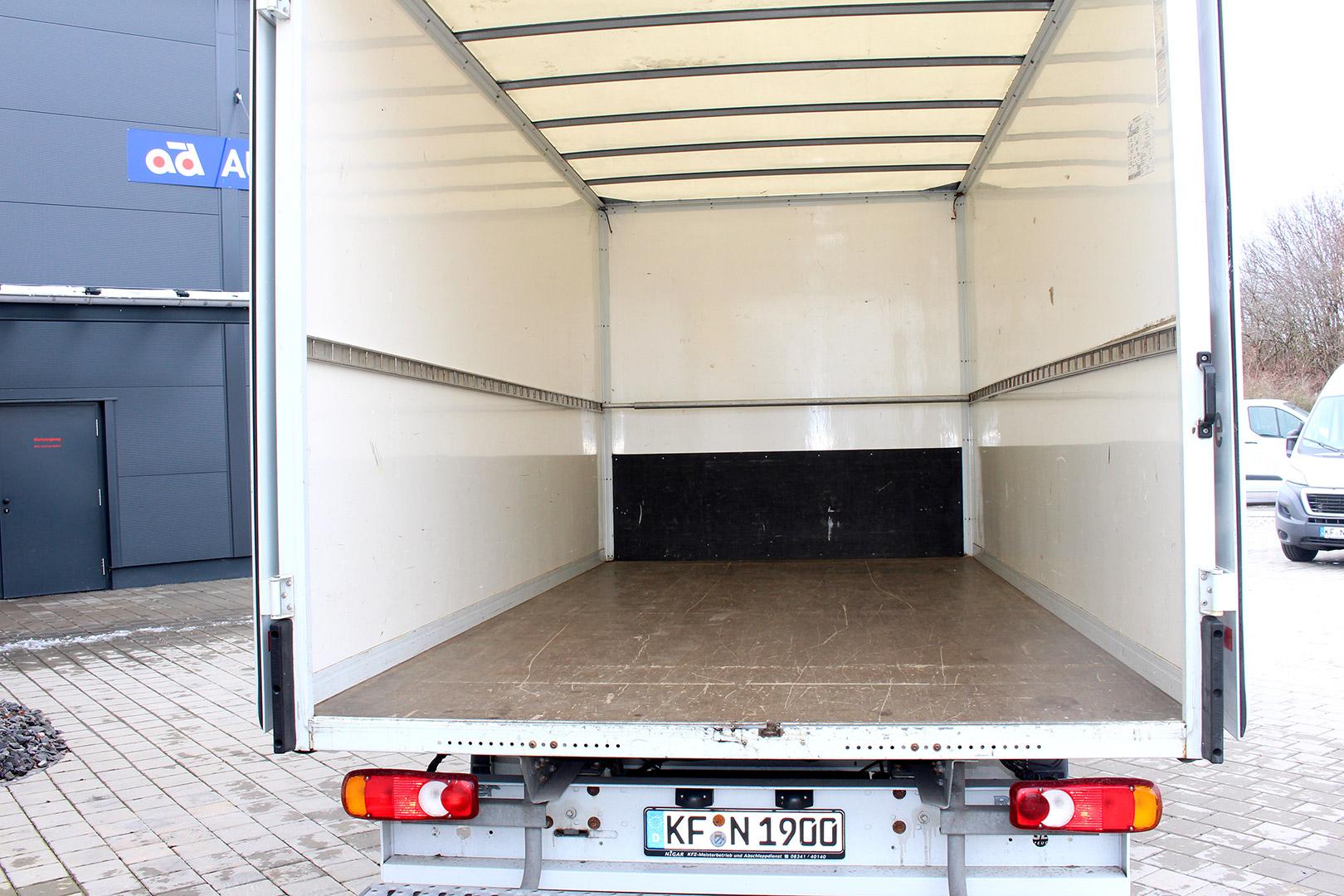 Vermietung_Kaufbeuren_Renault-Master-Koffer-002